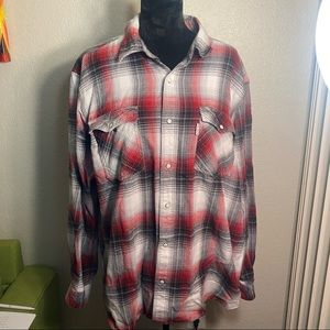 Really clean Carhartt flannel size XL